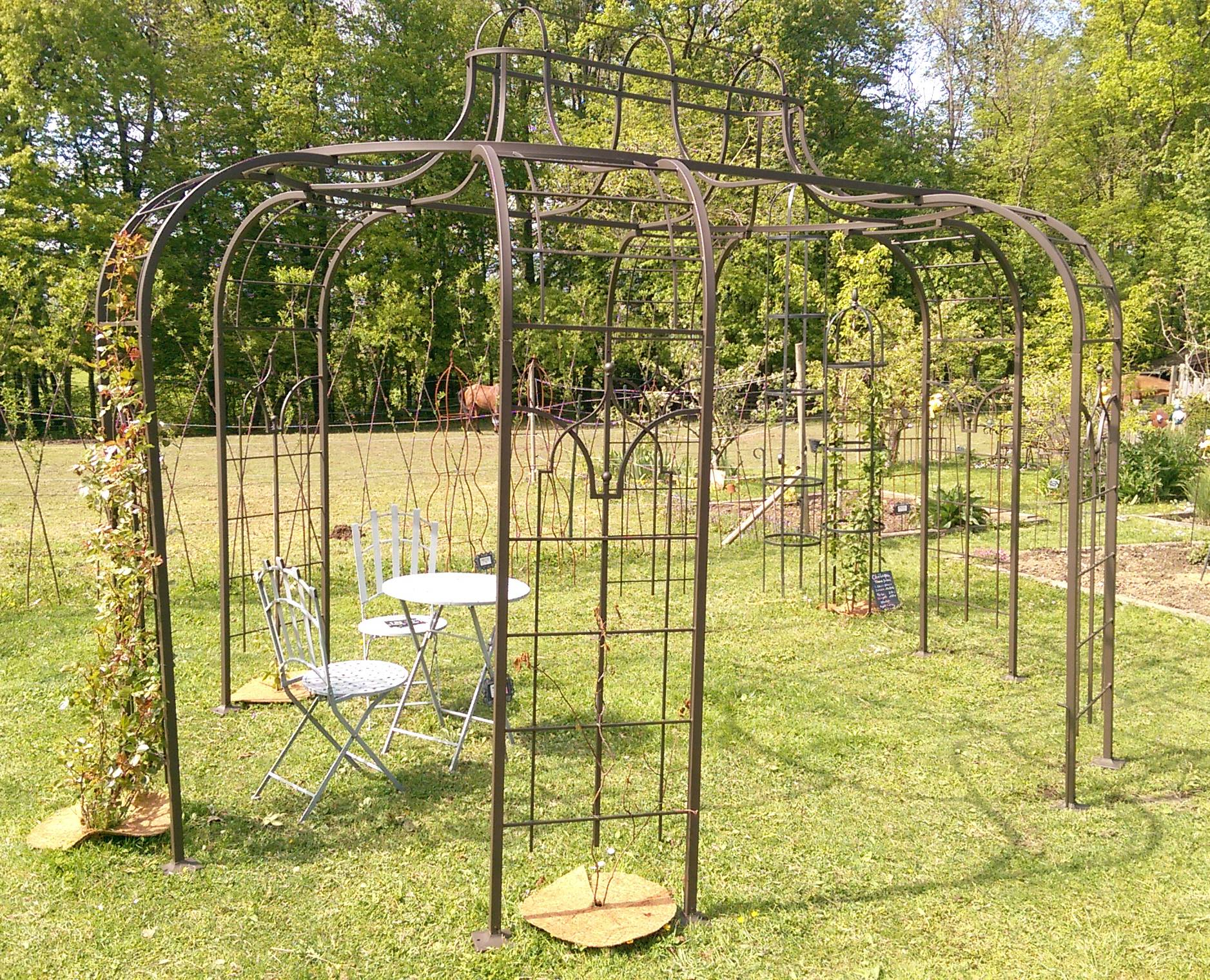 gloriette fer forge fashion designs With beautiful gloriette de jardin en fer forge 0 fabrication de gloriettes kiosques de jardin en fer forge