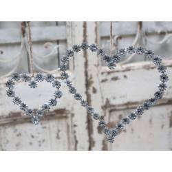 Couronne Décorative en Forme de Coeur Décoration Murale ou à Poser Motifs Fleurs en Métal Patiné Gris Irisé 0,6x26x27cm