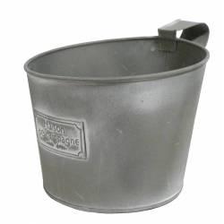 Objet de Décoration Cache Pot Inscription Maison de Campagne ou Jardinière Décorative en Fer Patiné Gris 18x18,5x18,5cm