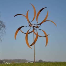 Prestigieuse Eolienne sur Pic Mobile de Jardin en Acier Oxydé 25x85x255cm